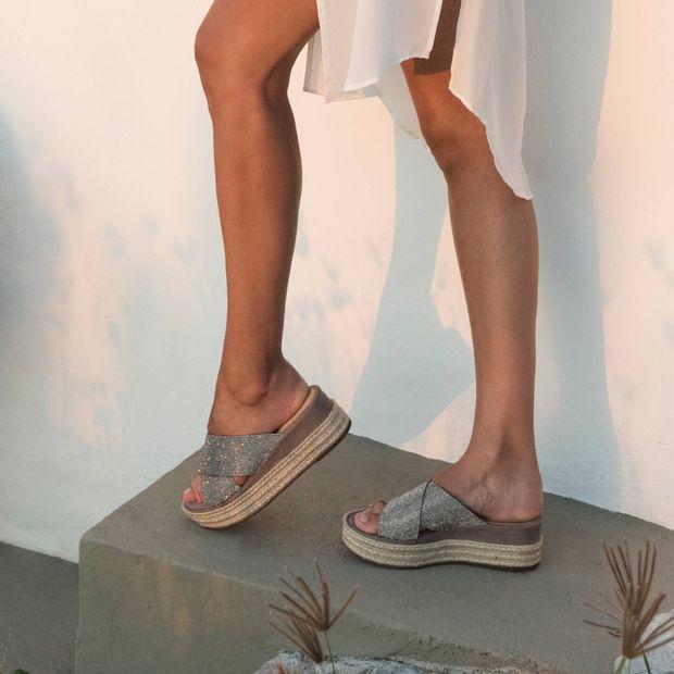 Tamanco-plataforma-brilho