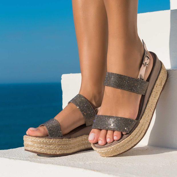 Sandalia-plataforma-brilho