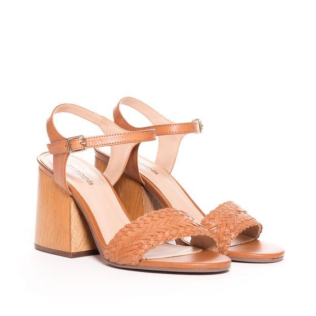 Sandalia-couro-tranca---38