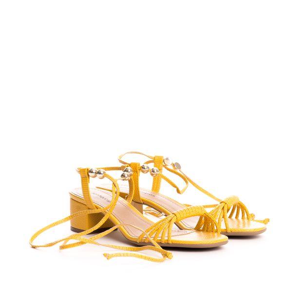 Sandalia-baixa-tiras-pingente---35