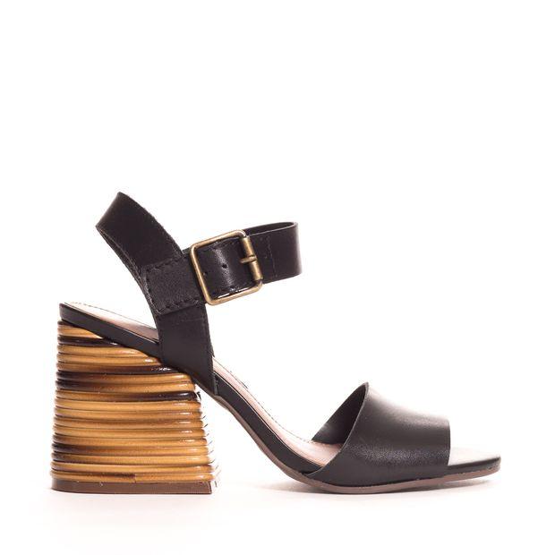 Sandalia-alta-couro-bambu
