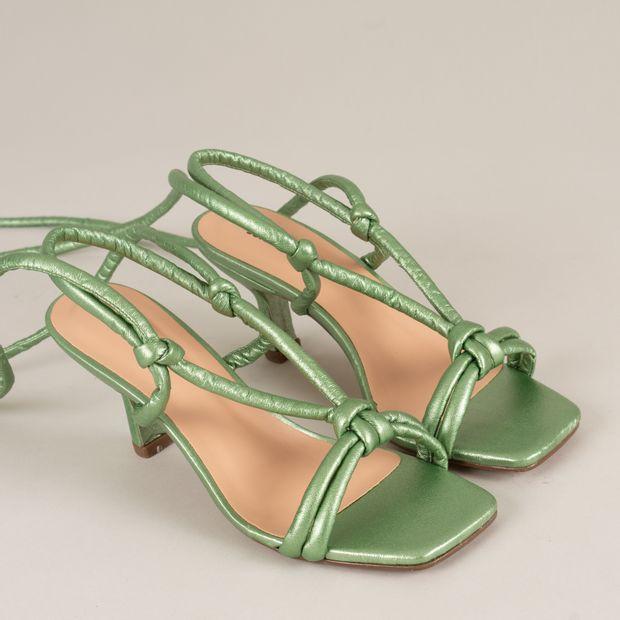 Sandalia-salto-gatinho-metal---35