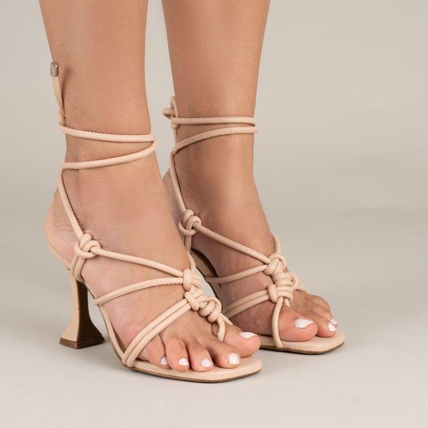 Sandalia-salto-taca-amarracao---34