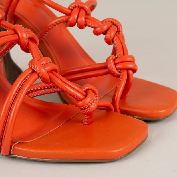 Sandalia-salto-taca-amarracao---38
