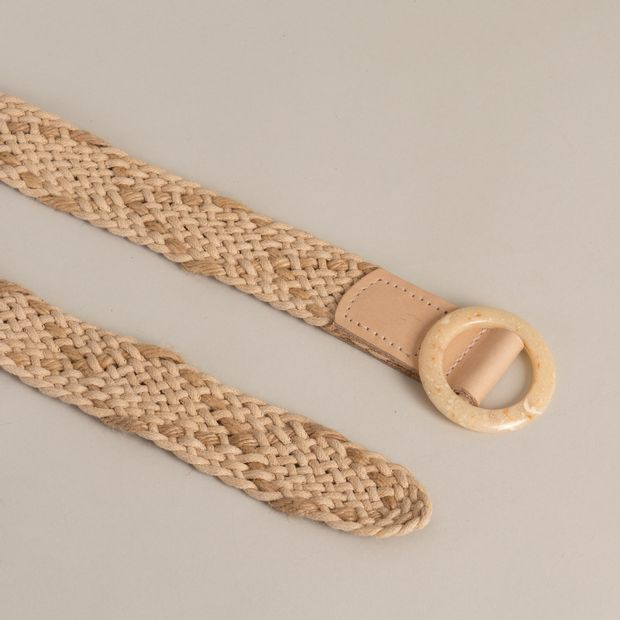 Cinto-corda-natural-fivela-redonda---G