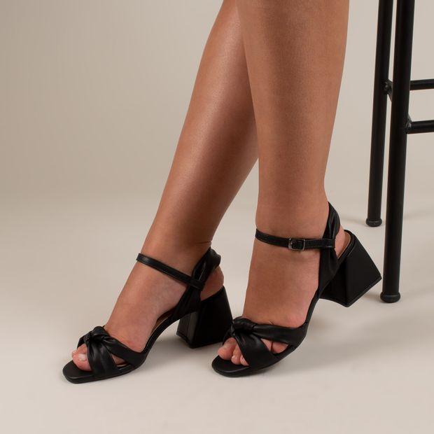 Sandalia-tiras-comfy