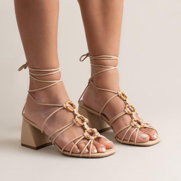 Sandalia-salto-bloco-argolas---36